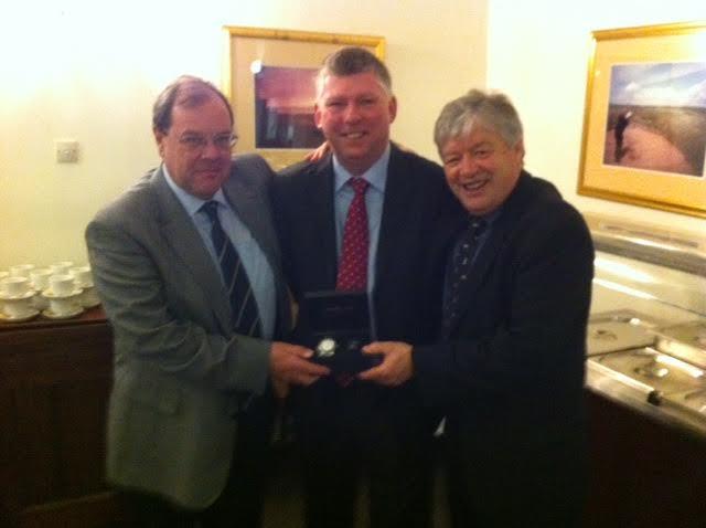 Tait & Callander Share 2016 ETIQUS – AGW Golfer Of The Year Award.
